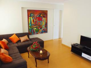 LIMA MIRAFLORES 3BED NEAR MALECON, Lima