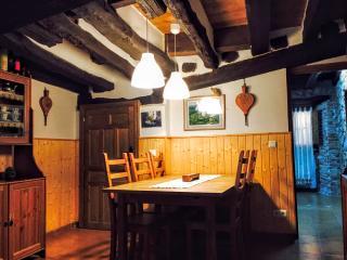 Casa tipica de pueblo en la Sierra de Gredos
