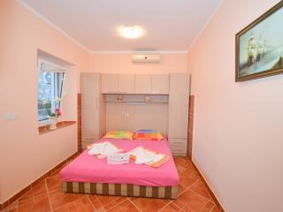 Apartments Goran - Studio with Sea View, Orahovac