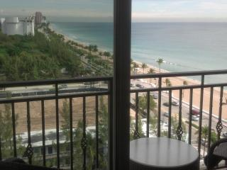 12th Floor King Suite - Atlantic Hotel - Oceanview, Fort Lauderdale