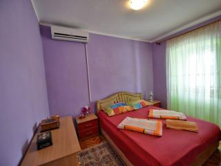 Apartments Goran - Three-Bedroom Apartment, Orahovac