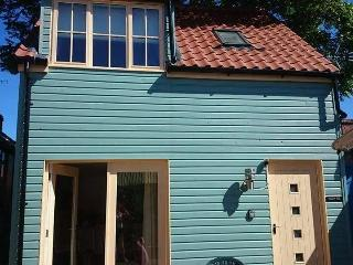Beach Hut Holiday Cottage, Sheringham
