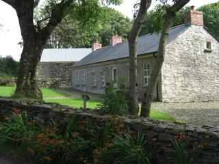 Avish Cottage 4* self-catering near Derry & golf