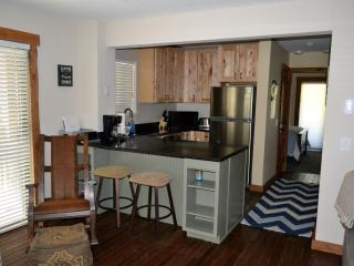 Gorgeous Remodeled Condo, Low Rates!  Next To Bus