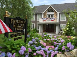 Frederick William House 5 Bedroom Beauty!!, Falmouth