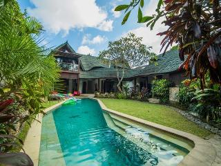 Villa Timang - Heart of Jimbaran Bay