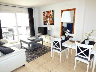 Fantastic large furnished 3bedroom apartment, L'Alfas del Pi