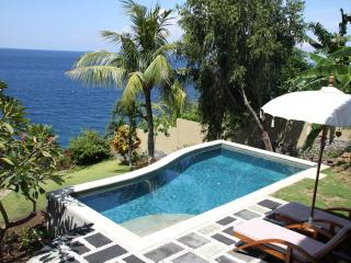 Aquamarine Sea View Villa - Private Pool, Amed