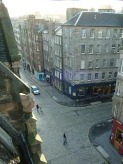 A view of the Royal Mile from Jeffrey Street