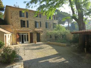 La Provençale, location saisonnière en Provence, Sablet