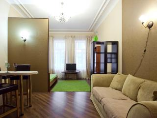 The apartment in 10 min from Nevsky