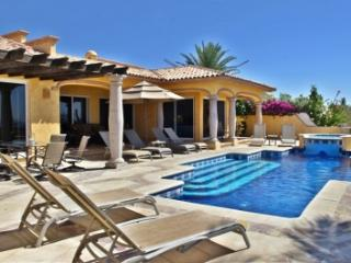 5 Bedroom Villa with Private Pool & Jacuzzi in Cabo San Lucas, Los Cabos