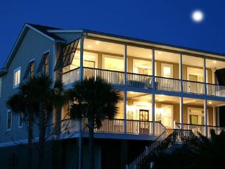 Luxury Home - DUAL Master Suites, Private Pool, Isle of Palms
