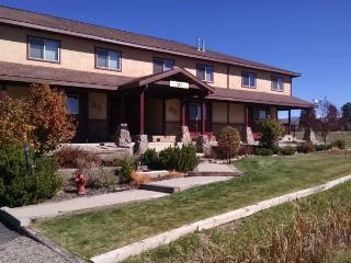 Cherish a relaxing vacation in this cozy condo located in the Pagosa Lakes area., Pagosa Springs