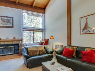 Northstar condo w/free shuttle to skiing, pools & hot tub!