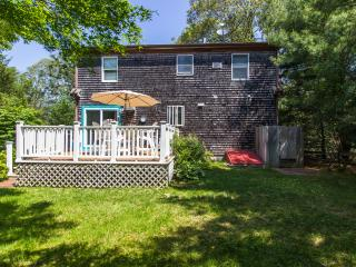 MARSL - Completely renovated, Tri Level, A/C in all rooms, WiFi, Vineyard Haven