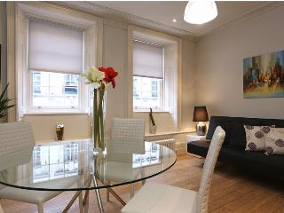 Covent Garden 1 Bedroom 1 Bathroom (4714), Londres