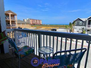 Extraordinary Vacation Rental Property just steps Off the Beach!, Corpus Christi