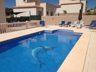 Luxury 4 bedroom villa with pool