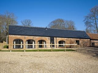 East Barns located in Ryde & East Wight, Isle Of Wight, Wootton Bridge