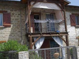 Cristina's House Sikia, Sarti