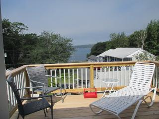 LINEKIN BREEZE | EAST BOOTHBAY | MAINE | 4 BEDROOMS| OCEANVIEW COTTAGE, Boothbay