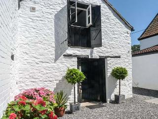 THE BAKEHOUSE, romantic retreat, woodburning stove, WiFi in Winscombe Ref 927124