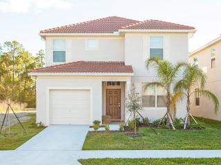 (5PPS89SU40) Your New Favorite Vacation Home away from Home near Orlando Florida for group of 12!, Kissimmee
