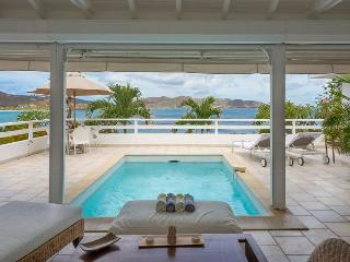 Charming two bedroom in Pointe Milou