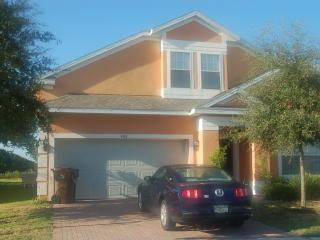 5 Bedroom 3.5 Bathroom Pool Home on Gated Community *406