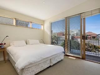 CLOVELLY Campbell Street 5 bed (H), Clovelly