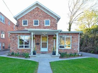 Fully Furnished Condo in Historic Port Dalhousie, St. Catharines