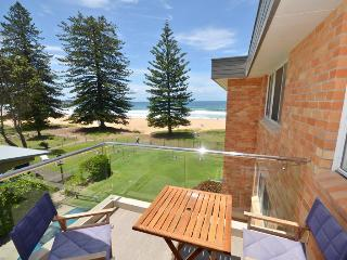 MARESE 12 - Beachfront Unit, Avoca Beach