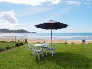 CARMDEN PLACE  Beachfront, Avoca Beach
