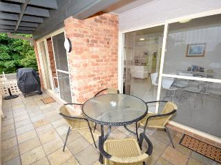 COSY & CUTE  Close to beach, Avoca Beach