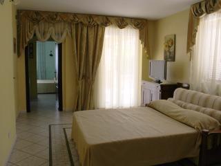 Romana Vecchia House, Ciampino