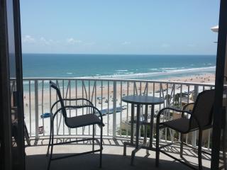 Upgraded Oceanfront at Peck Plaza, Daytona Beach