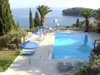 Ferienhaus mit Gemeinschaftspool In Kalami-Korfu