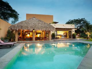 Villa Kanda, Tamarindo