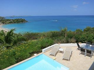 Full Beach and Oceanv view 3 Bedroom Villa, Grand Case