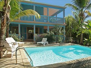 A two bedroom townhome on Orient Beach for beach lovers, Orient Bay