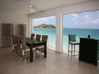 BEACHFRONT Two Bedroom Condo, Grand Case