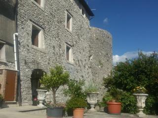 Palazzetto storico, Civita di Oricola