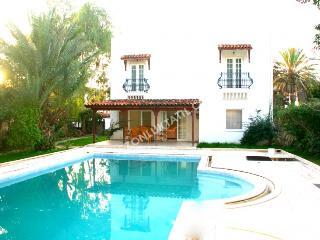 Bitez Villa-Villas