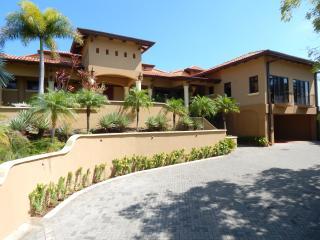 Magnificent 6 Bedroom Villa with Great Views, Playas del Coco