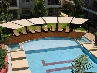 SAB - Beautiful 2Bd Apartment Downtown 3402, Playa del Carmen
