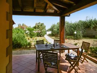 Villa with furnished garden