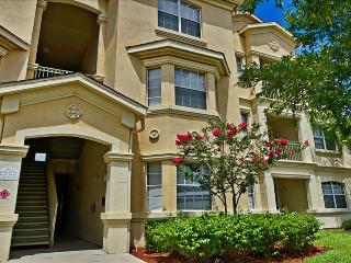 00050324 - Luxuriously Upgraded 3BR/2B Condo In Terrace Ridge, Davenport