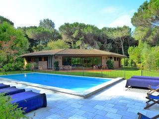 Villa , private pool and garden, in Tuscany Coast
