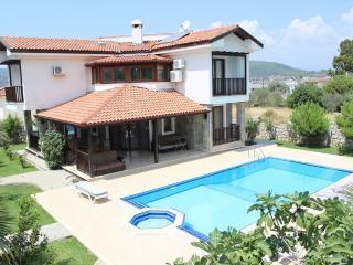 4 Bedroom Villa in Hisaronu Fethiye, Oludeniz